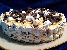 Smore's Cheesecake - For all you Smore's fans out there, this is great for any occasion and always a hit with a crowd. Please enjoy!