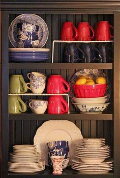 cabinet organization (mugs)