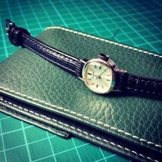 Watch strap and case for an antique Seiko.  #handcrafted #leather #leathercraft #leathergoods #leatherwork #style #handmade #handstitched #hand #watchstrap #watchporn #watch #strap #fashion #pretty #love #beautiful #instagood #swag #picoftheday #cool #art #kultskins #bespoke #ootd by kultskins #tailrs