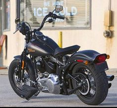 Harley Davidson Bike VRSCDX, VROD, VRXSE Screamin Eagle, XL 883 Sportster Wallpapers, Free Harley Davidson Motorcycle Wallpapers Photo. Browse through Harley Davidson Bike motorcycles and more.