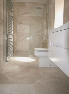 Cream Bathroom Wall And Floor Tiles Beige Tile Bathroom, Travertine Bathroom, Marble Bathroom Floor, Cream Bathroom, Bathroom Flooring, Marble Floor, Marble Bathrooms, Tile Floor, Gray Bathrooms