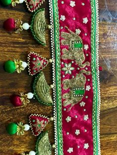 Toran Thali Decoration Ideas, Diy Diwali Decorations, Festival Decorations, Diwali Diy, Diwali Craft, Cd Crafts, Handmade Crafts, Hand Embroidery Designs, Diy Embroidery