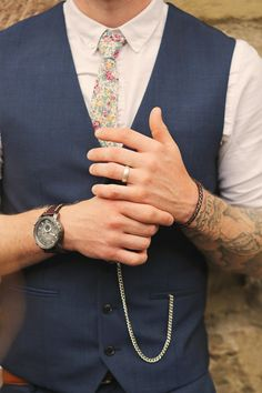 Floral Tie Groom Stylish Pastel Rustic Barn Wedding http://helenrussellphotography.co.uk/