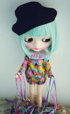 just because I love #blythe dolls . oh blythe with blue hair : where did you get that cool hat?