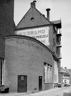 View from the street at Brand's Bierbrouwerij.