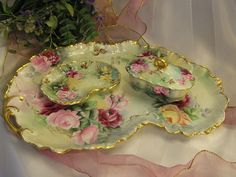 """""""GORGEOUS VICTORIAN ROSES"""" Lovely Antique Limoges France Matching Dresser Set Heirloom Lady's Boudoir Vanity Fine Porcelain Pierced Handled Tray w Adorable Trinket Box Jar, Scalloped Pin Necklace Dish Hand Painted Floral Art China Painting circa 1900"""