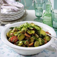 Backkartoffelsalat mit Rucolapesto Rezept | LECKER