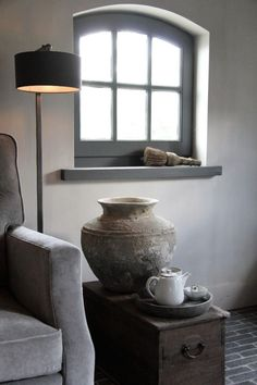 primitive home decor Primitive Homes, Primitive Bathrooms, Grey Interior Design, Living Styles, Home Bedroom, Country Decor, Decoration, Home Art, Room Inspiration
