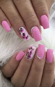 Gel Nail Designs With Flowers, specially these 5 gorgeous latest options will always give you a holly feelings and fresh feelings at any time and any situation. Hope you want to carry it with you for Nail Designs Spring, Gel Nail Designs, Nails Design, Fingernail Polish Designs, Flower Nail Designs, Nail Nail, Winter Nails, Spring Nails, Cute Nails