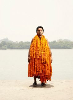 In this Flower Man series, Danish photographer Ken Hermann offers us beautiful portraits of flowers sellers from the famous Mallick Ghat market in Calcutta.
