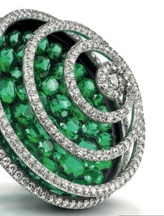 JAR emerald spiral earclips