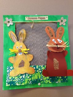 lapins en cage Happy Easter, Easter Bunny, Easter Crafts, Rabbit, Preschool, Christmas Ornaments, Holiday Decor, Kids, Cage