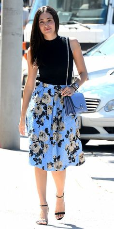 Emmy Rossum strolls in a rib funnel top tucked into a floral midi skirt. // #Celebrity