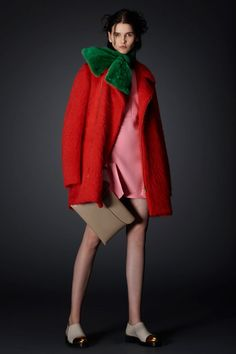 Is it strange that this look reminds me of a watermelon, and not in a bad way? / Marni