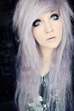 LIght purple hair:3 God I wish I could pull this off. .-.