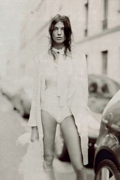 Daria Werbowy photographed by Paolo Roversi - Vogue UK: May 2007 - True Romance