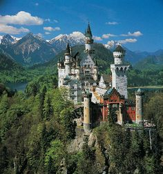 Neuschwawnstein Castle, Germany. Oh my word. I have always loved this castle.