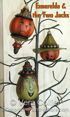 The Decorative Painting Store: Ezmerelda & the Two Jacks Pattern by Vera Collier, Newly Added Painting Patterns / e-Patterns Halloween Gourds, Halloween Ornaments, Halloween Trees, Halloween Projects, Holidays Halloween, Vintage Halloween, Halloween Crafts, Halloween Decorations, Christmas Ornaments