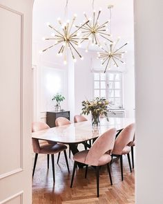 Dining room furniture ideas that are going to be one of the best dining room design sets of the year! Get inspired by these dining room lighting and furniture ideas! Luxury Dining Room, Dining Room Design, Dining Room Chairs, Dining Room Furniture, Furniture Design, Dining Tables, Luxury Furniture, Furniture Ideas, Dining Decor