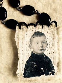 Hand stitched re- purposed necklace. mrsbertimus.blogspot.com