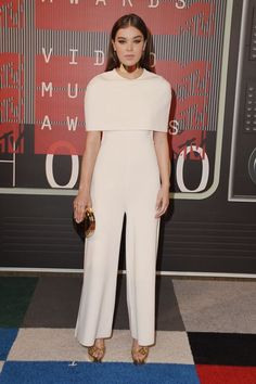 Hailee SteinfeldSteinfeld went the minimalist route with a sleek Stella McCartney jumpsuit and thick Jennifer Fisher collar — proof that a more muted look can still draw major attention. No cutouts, no sparkles, just a total power move. #refinery29 http://www.refinery29.com/2015/08/93120/video-music-awards-best-dressed-red-carpet-pictures-2015#slide-5