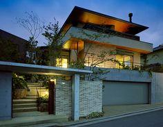 WORKS 9   Architectural Design Center Japanese Modern House, Modern Tropical House, Modern Japanese Architecture, Tropical Houses, My Home Design, Home Design Decor, Modern House Design, Facade Design, Exterior Design