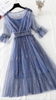 Pretty Prom Dresses, Ball Dresses, Pretty Outfits, Cute Dresses, Beautiful Dresses, Ball Gowns, Lace Midi Dress, Tulle Dress, Girls Fashion Clothes