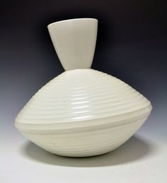 Vase by Nora Gulbrandsen for Porsgrund Porselen. Prot. 1937. For the World exhibition in Paris 1937