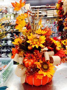 Pumpkin basket fall arrangement 2014 Thanksgiving Wreaths, Autumn Wreaths, Thanksgiving Ideas, Pumpkin Arrangements, Floral Arrangements, Fall Crafts, Holiday Crafts, Diy Crafts, Halloween Decorations