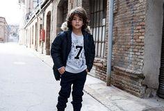 Moda infantil urbana de la firma de moda Sfera.