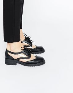 ASOS+MY+OH+MY!+Lace+Up+Flat+Shoes 21,99€