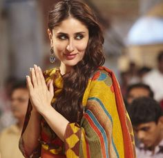 5 Times you wanted #KareenaKapoorKhan to be your Girlfriend! :D #ClickToRead