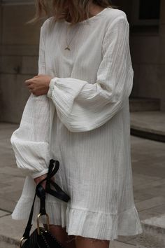 Linen Dresses, Dresses With Sleeves, Comfort Design, White Long Sleeve Dress, Minimal Outfit, Casual Shirt, Ankara, Tunic, Cotton Bolls