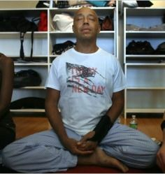 Entrepreneur, author, and hip-hop pioneer, Russell Simmons, has practiced yoga and meditation for years -- and he shared his typical Sunday routine with The New York Times. Yoga Los Angeles, Russell Simmons, Sunday Routine, Improve Mental Health, Fashion Line, Yoga Meditation, Ny Times, T Shirts For Women, Blog