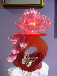 Isomalt Sugar Flower - via @Craftsy