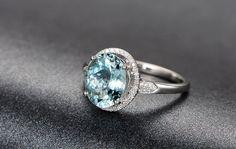 2.13ctw Oval Aquamarine Engagement ringVS Diamond by popRing