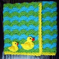 The cutest DIY baby shower gift ever - Duck Crochet Afghan Free Crochet Pattern!