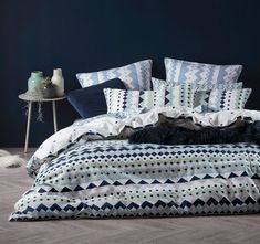 Shop the latest trends for your bedroom! Find bedding inspiration, shop for the perfect Australian quilt sets and covers at Mareq Homewares.