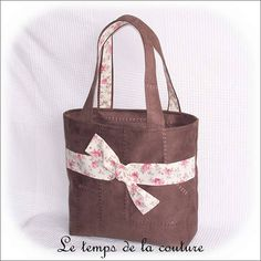 Sac cabas - Tons de marron chocolat, écru et rose - simili - Fait main.