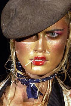 John Galliano for The House of Dior, Autumn/Winter Haute Couture Runway Makeup, Beauty Makeup, Real Techniques Powder Brush, Pat Mcgrath Makeup, Christian Dior Makeup, High Fashion Makeup, Fantasy Makeup, John Galliano, Face Art
