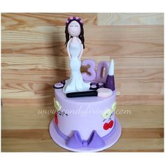 30th Birthday cake   #butikpasta #sekerhamuru #sugarart #candyfirinim #30yaspastasi