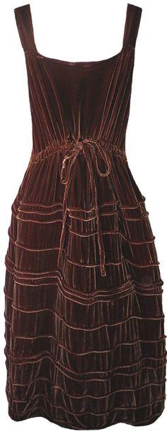 Krista Larson: Chocolate velvet Long Spring Slip
