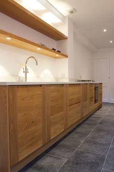 SQ1 Design - Beautiful Solid Oak Kitchen with White Composite Stone Worktop