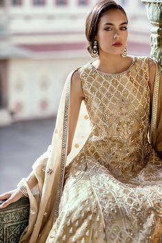 Looking for Dark blue lehenga with sequin work and cape dupatta? Browse of latest bridal photos, lehenga & jewelry designs, decor ideas, etc. India Fashion, Ethnic Fashion, Asian Fashion, London Fashion, Indian Fashion Designers, Indian Designer Outfits, Indian Attire, Indian Ethnic Wear, Indian Wedding Outfits