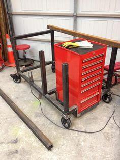 welding table plans or ideas Welding Cart, Welding Jobs, Diy Welding, Metal Welding, Welding Projects, Welding Ideas, Metal Projects, Diy Projects, Welding Types