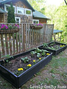 Plastic shutters from the ReStore for raised garden beds! - I like this idea alo. - Plastic shutters from the ReStore for raised garden beds! – I like this idea alo… Plastic shutt - Container Plants, Container Gardening, Plant Containers, Plastic Shutters, Shed Landscaping, Diy Planter Box, Pallet Planters, Raised Planter, Building Raised Garden Beds