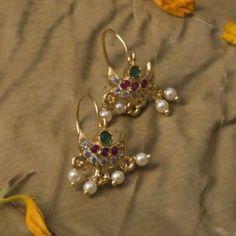 Michael Kors Women's Heritage Whisper Hoop Earrings Rose Gold – Fine Jewelry & Collectibles Jewelry Design Earrings, Gold Earrings Designs, Gold Jewellery Design, Ear Jewelry, Beaded Jewelry, Jewelery, Gold Jewelry, Gold Designs, Ruby Jewelry