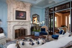Traditional Living Room with Chair rail & Framed mirror in Vero Beach, FL | Zillow Digs  | Zillow