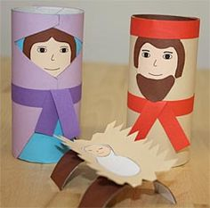 Selbstgebastelte Krippenfiguren aus Klopapierrollen