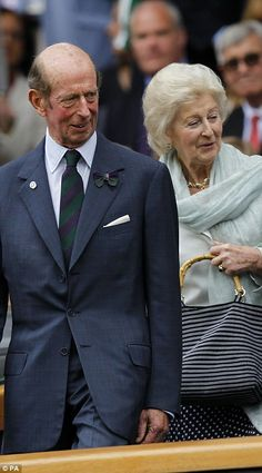 Queen Mary, Queen Elizabeth Ii, Prince Michael Of Kent, Royal Monarchy, Wimbledon Champions, British Royal Families, Baby George, Princess Margaret, Lady And Gentlemen